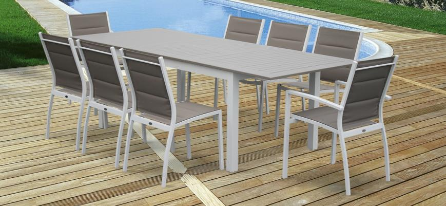 Chicago                   -                   Extending 175/245cm aluminium and textilene garden table – 8 seats